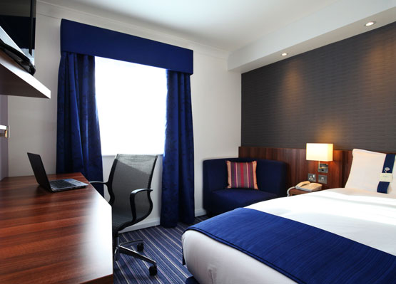10% Off with our Hotel in Crawley