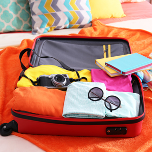 TOP SUMMER HOLIDAY PACKING TIPS FROM HOLIDAY INN GATWICK AIRPORT HOTEL